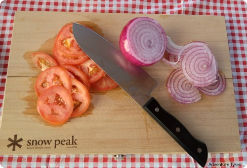 Snow Peak knife and cutting board